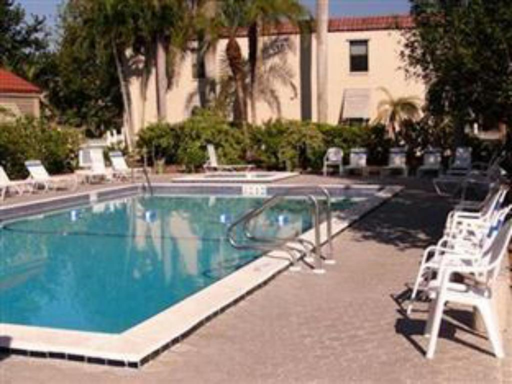 Swimmingpool Sanibel Moorings