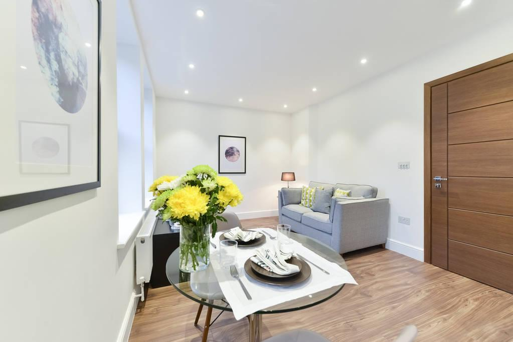 Fabulous Bright Apartment  very close to Camden