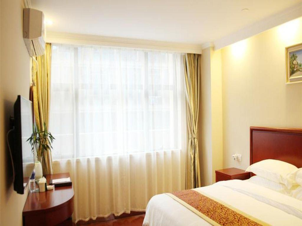 GreenTree Inn Bengbu Huaishang District Government Express Hotel