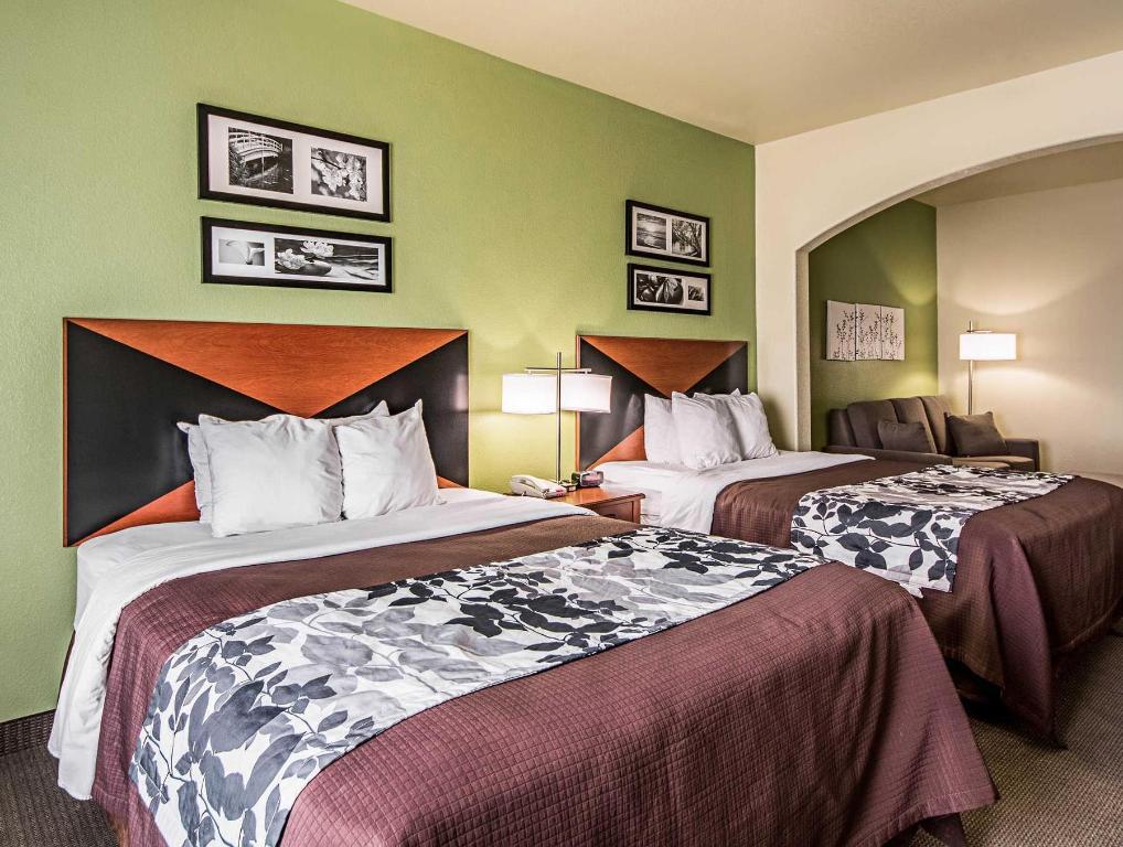 Queen Suite Surestay Plus Hotel By Best Western San Antonio Seaworld