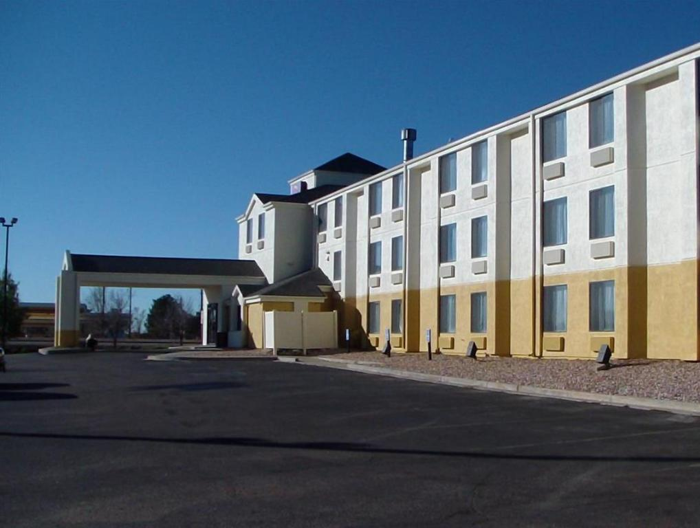 Exterior view Red Lion Inn & Suites Fort Collins