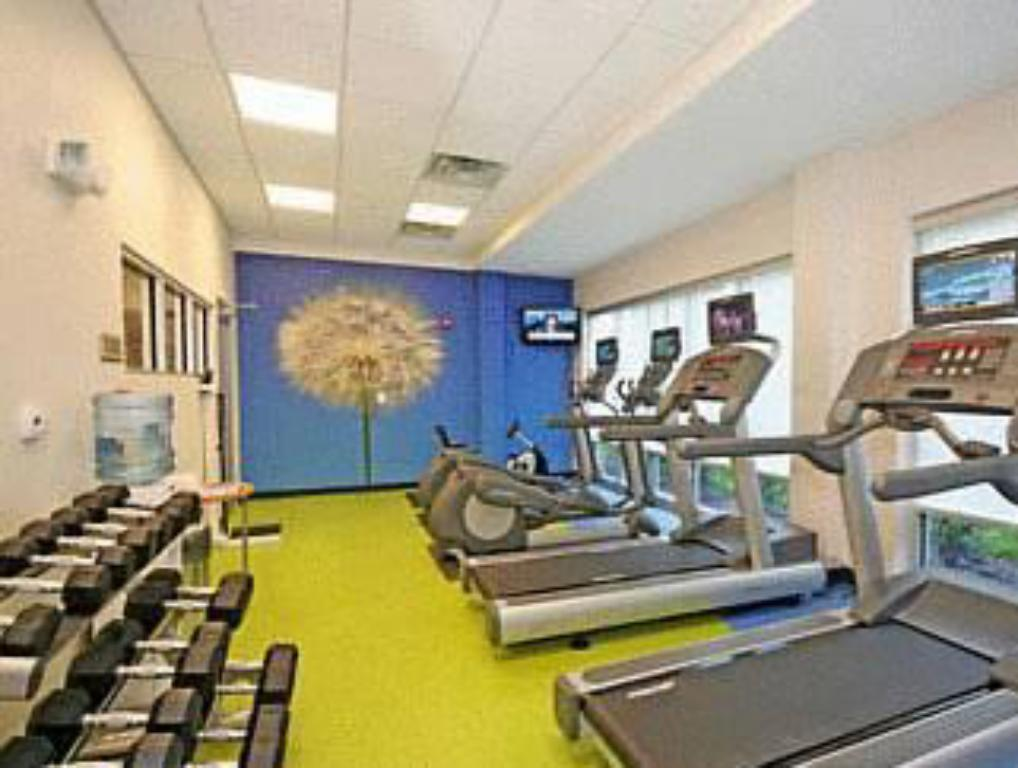 Fitness center SpringHill Suites Durham Chapel Hill