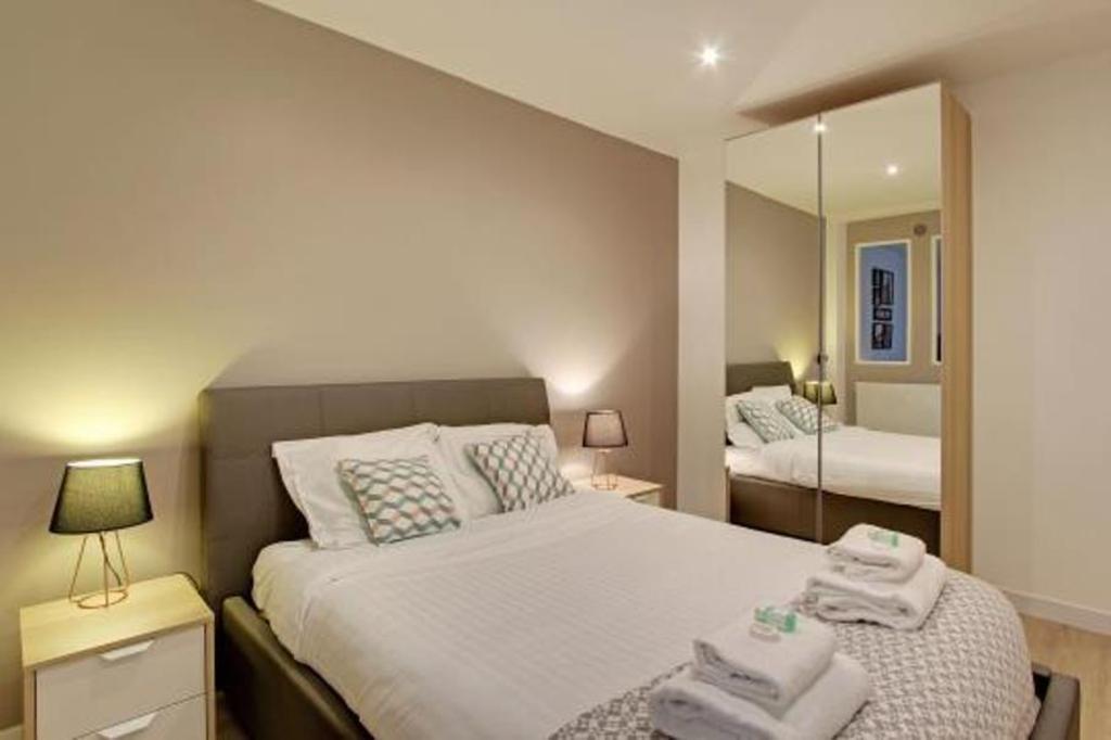 Pick A Flat Oberkampf Angouleme Apartments Entire Apartment Paris Deals Photos Reviews