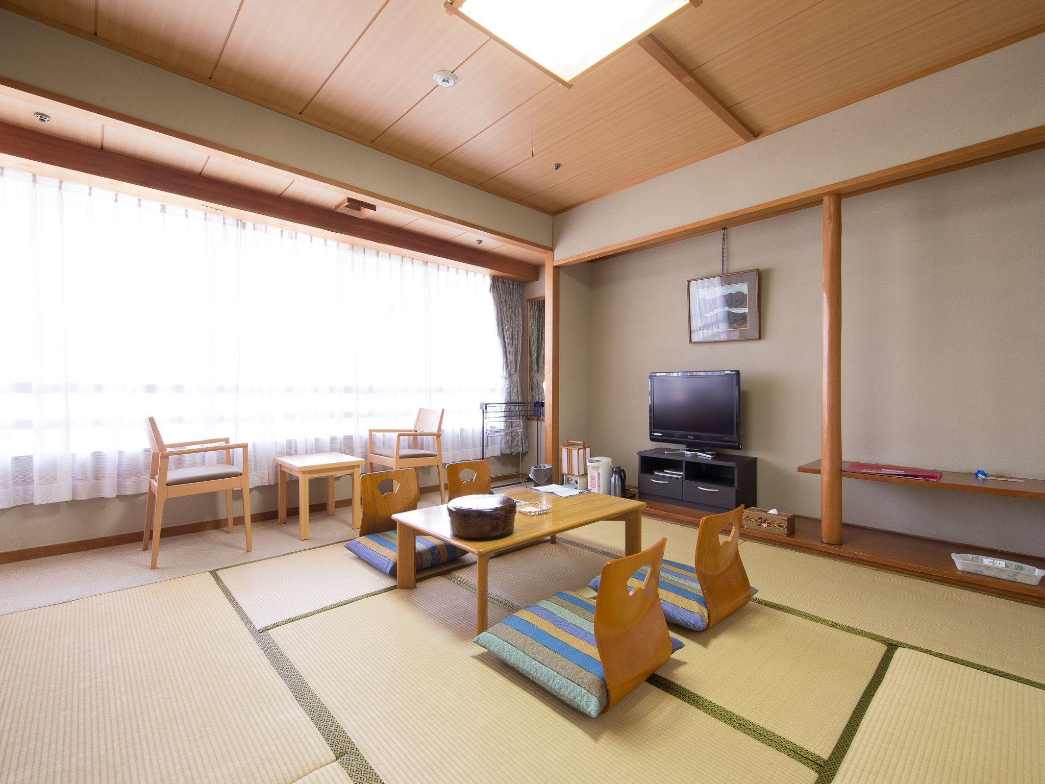 Japanese Style Room with 8 Tatami for 4 People - Non-Smoking