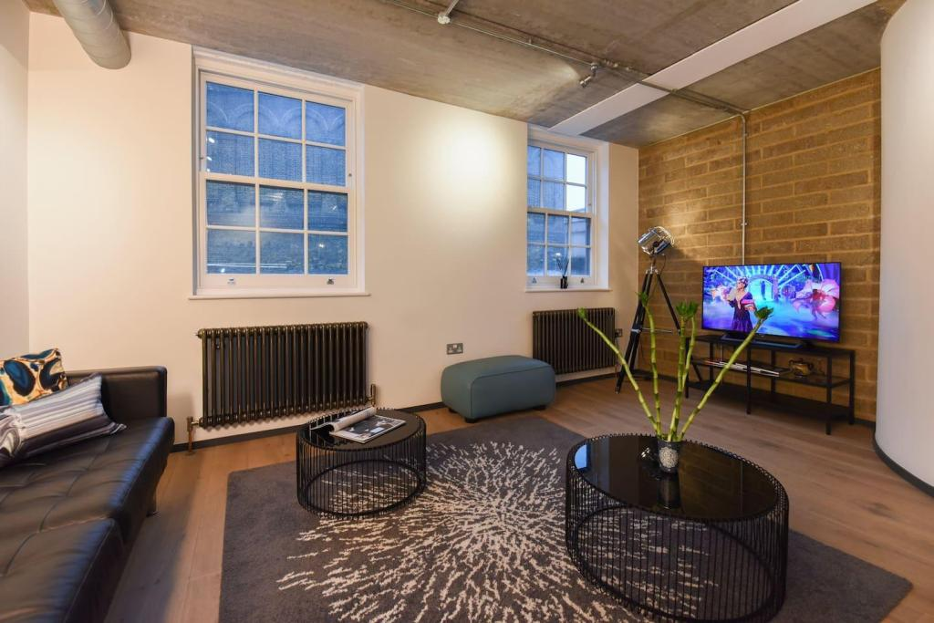 Modern New 2Bed Flat in Central London-Loft Style