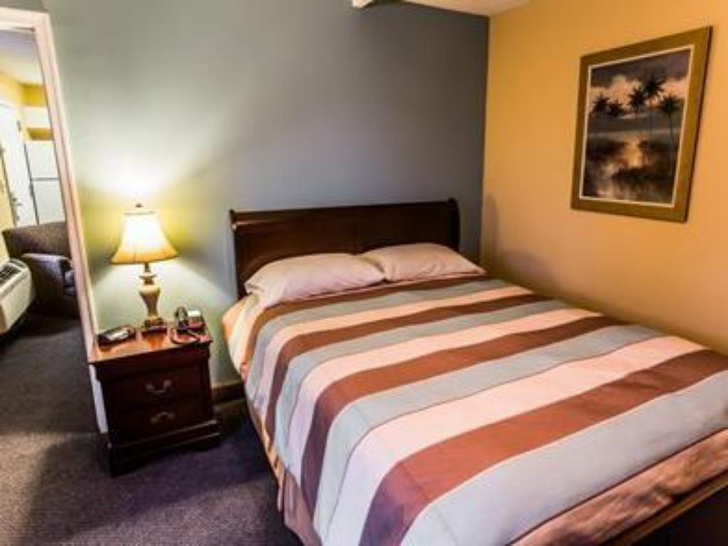 1 Bedroom Suite - Bed Suburban Extended Stay of Wilmington Wilmington