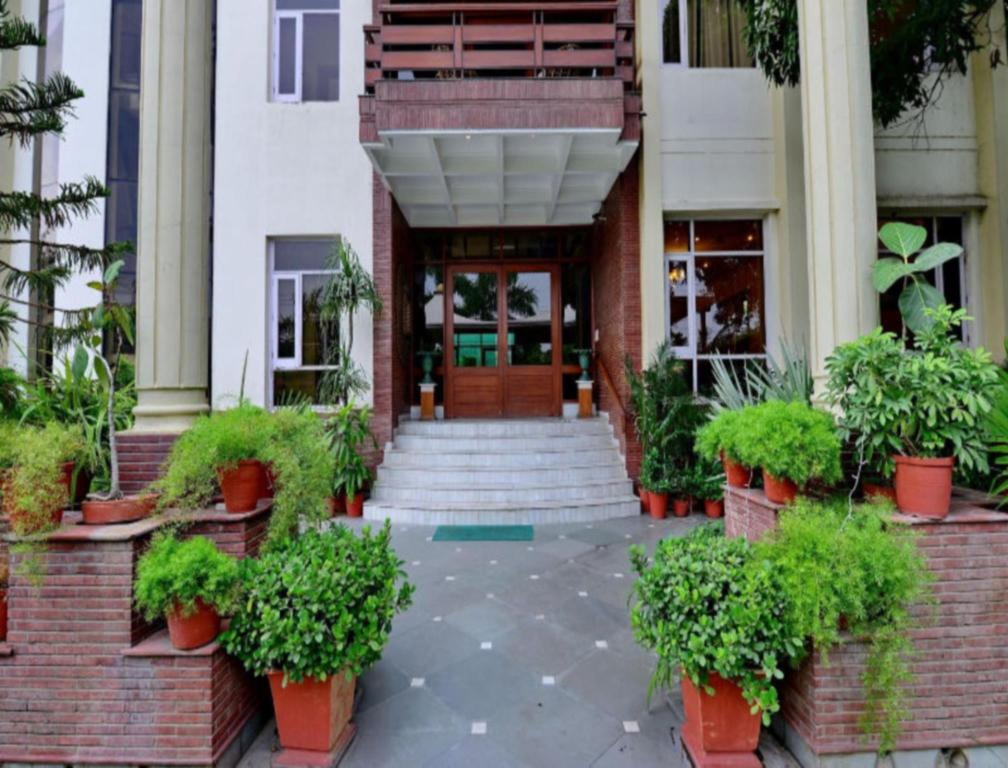Best Price on Patiala Retreat - Luxury Hotels (A unit of The Garden ...