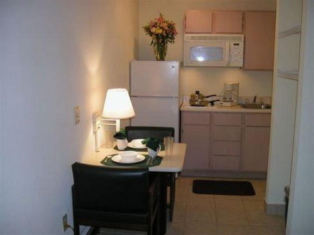 Interior view InTown Suites Westchase