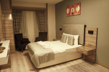 Studio - 2 adults - Bed Myhouse N5 Suites