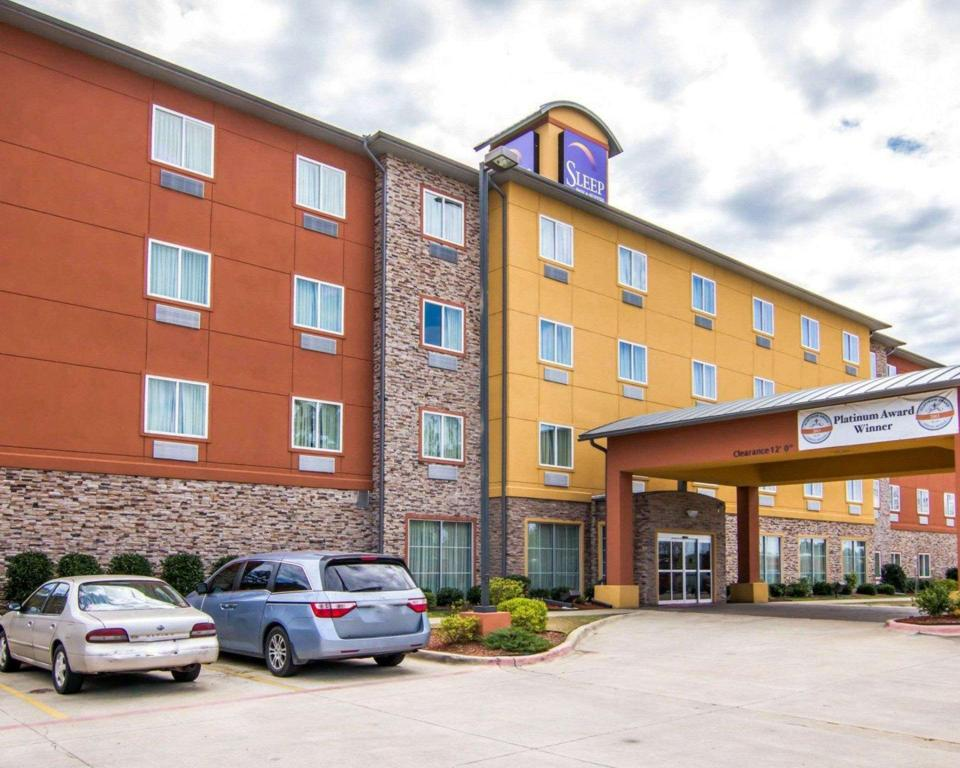 Sleep Inn & Suites I-20
