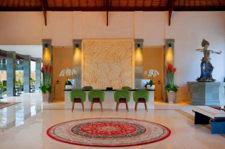 Lobi Royal Tulip Springhill Resort - Jimbaran