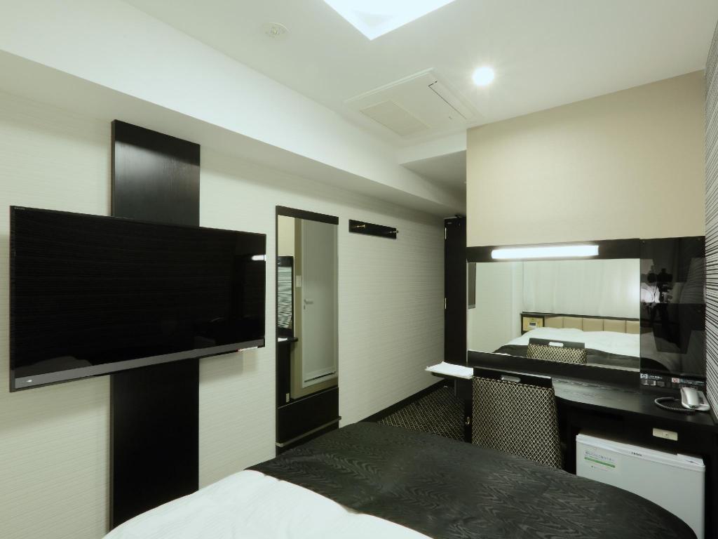 APA Hotel Nagoya Sakae-Higashi in Japan - Room Deals, Photos