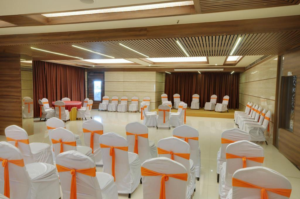 Meeting room Shreeji Vatika