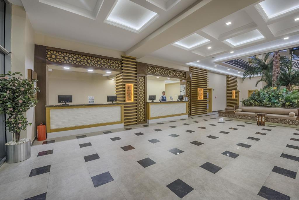 Intrare Grand Ozgul Termal & Spa