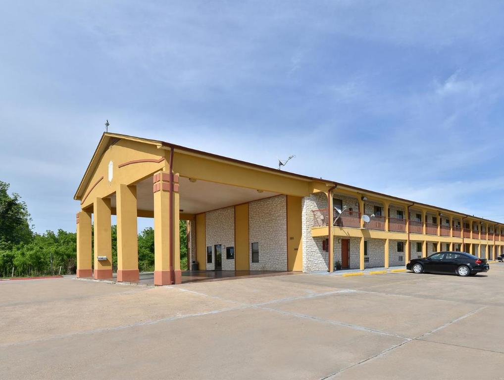 Americas Best Value Inn Wharton
