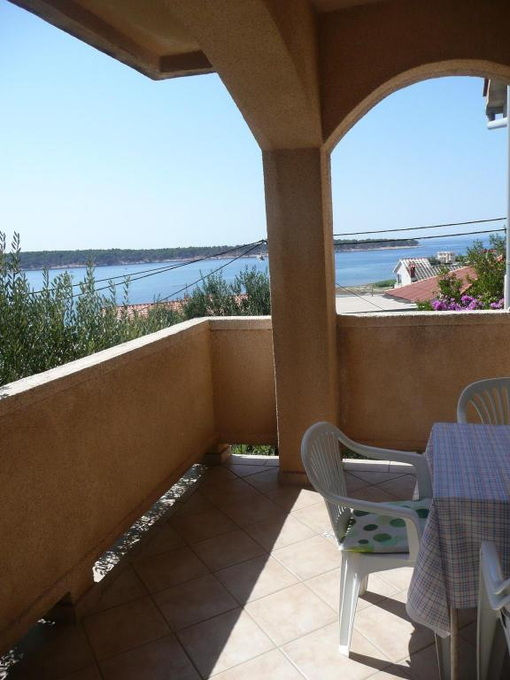 Sea view one bedroom apartment in Banjol