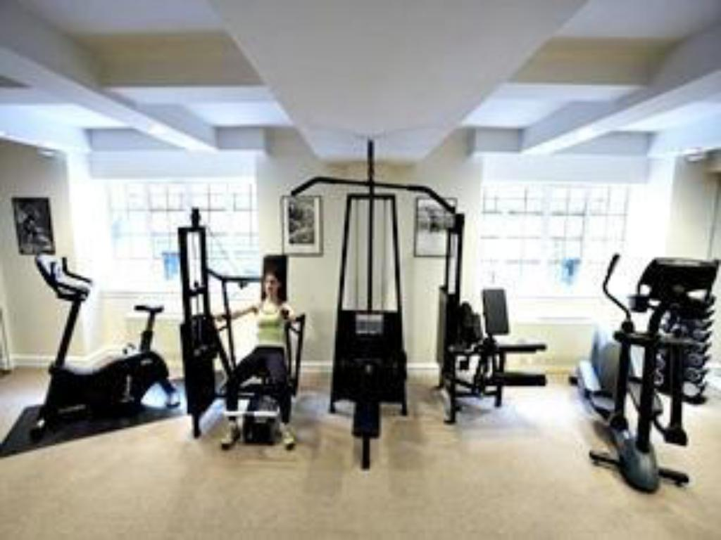Fitness center Lowell Hotel