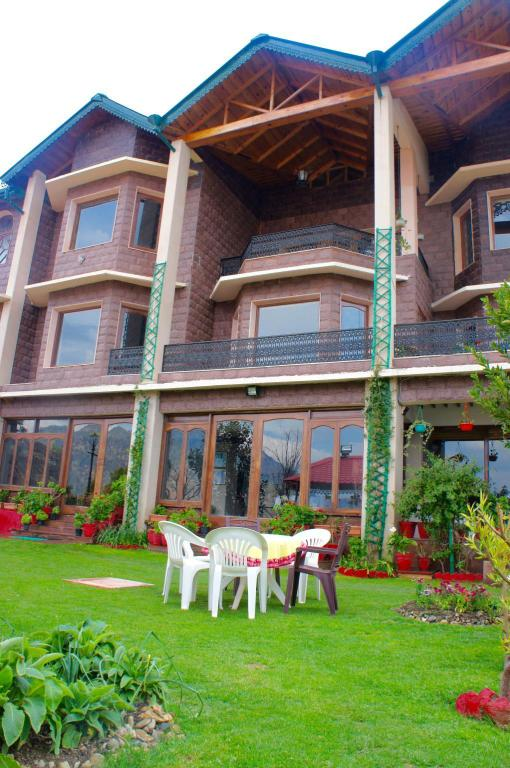 More about Hotel Ramgarh Retreat