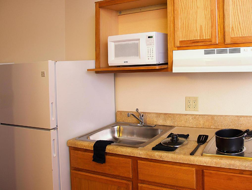 Interior view WoodSpring Suites Oklahoma City Northwest