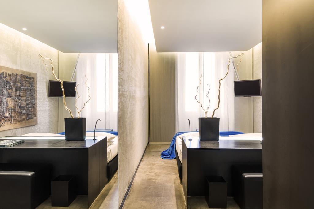 Straf hotel a member of design hotels milano sista for Member of design hotels