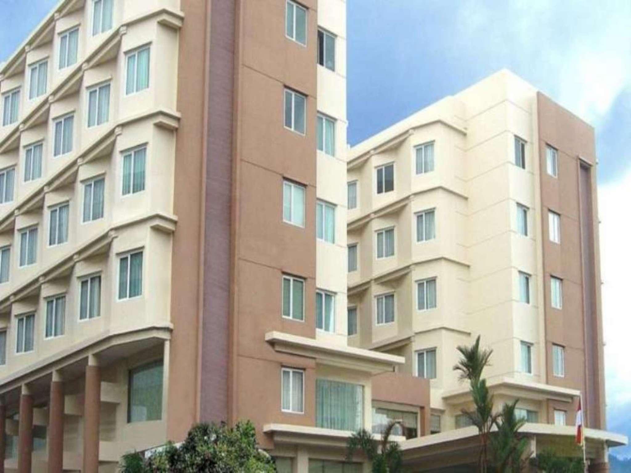 manado quality hotel indonesia from 41 save on agoda rh agoda com