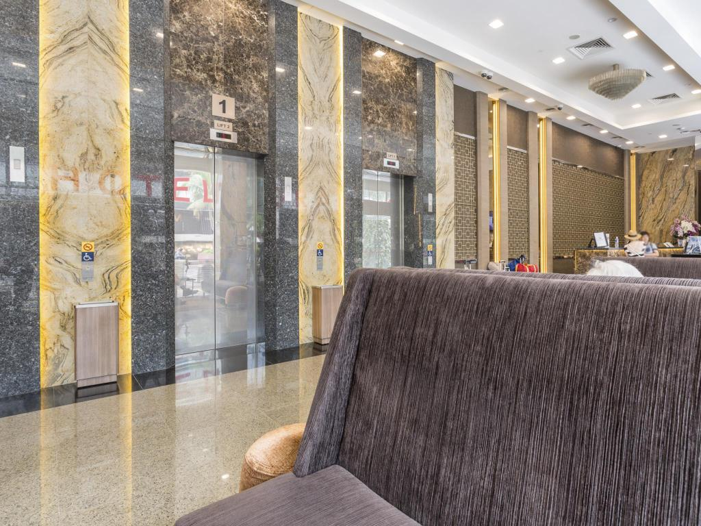 Lobby Hotel Grand Central (SG Clean, Staycation Approved)