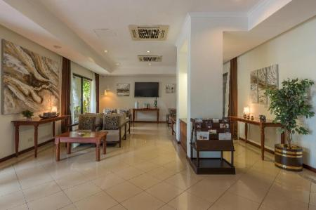 Lobby Sea Cliff Court Hotel and Luxury Apartments
