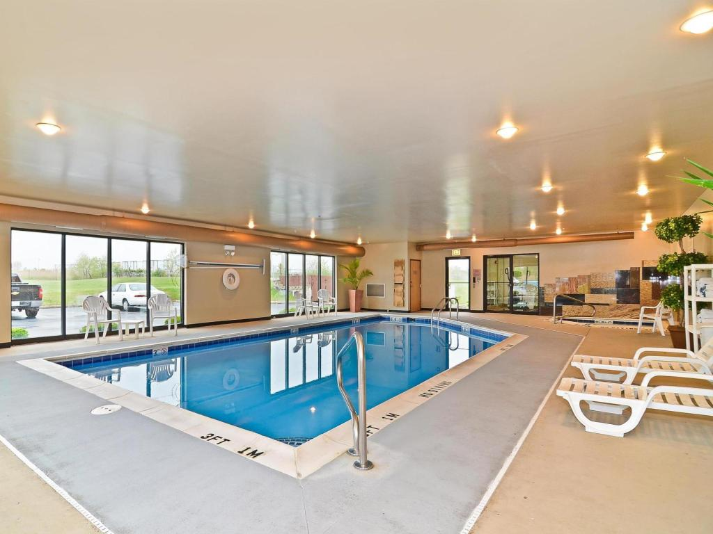 Piscina Best Western Chicago Southland