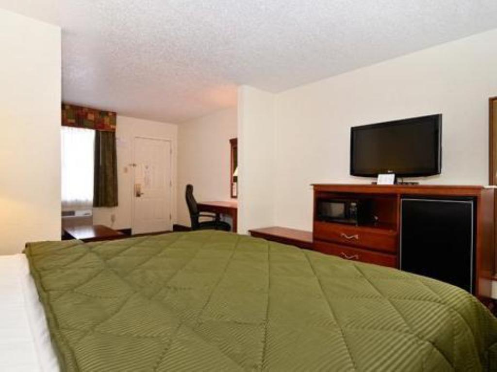 King Room - Non-Smoking - Guestroom Luling Hotel
