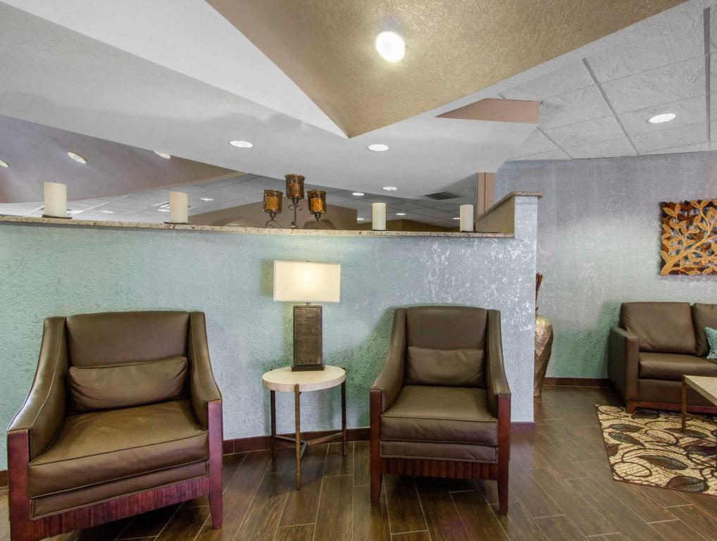Interior view Comfort Suites The Villages Lady Lake