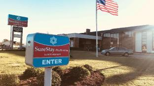 SureStay Plus Hotel by Best Western Greenwood