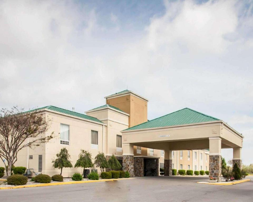 More about Quality Inn Hayti