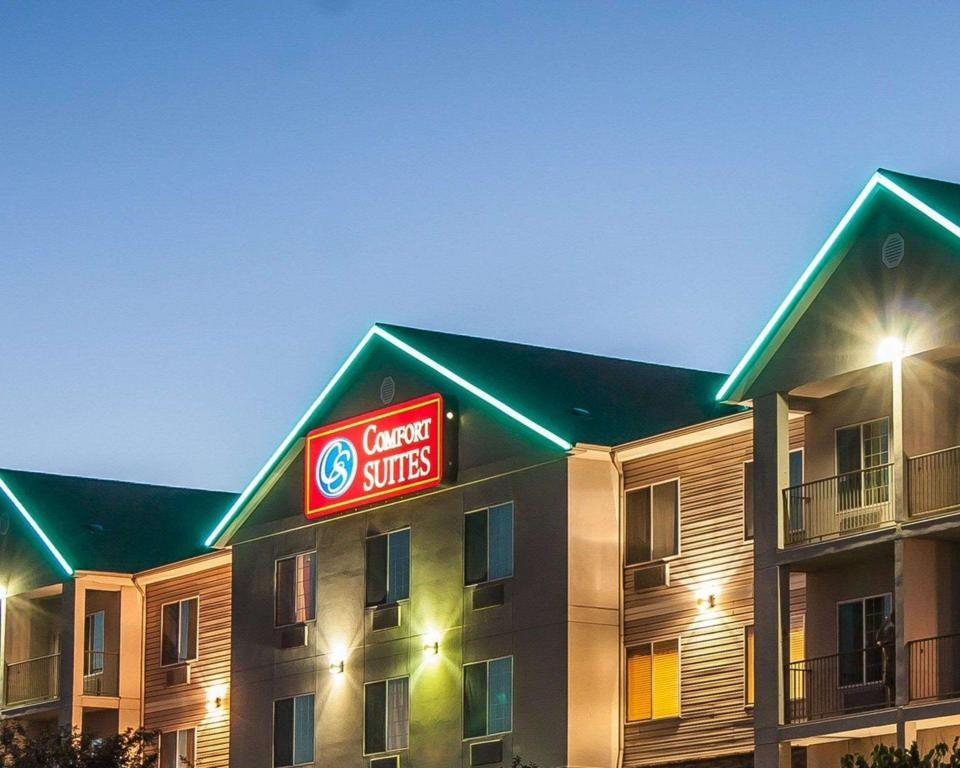 More about Comfort Suites Redmond Airport