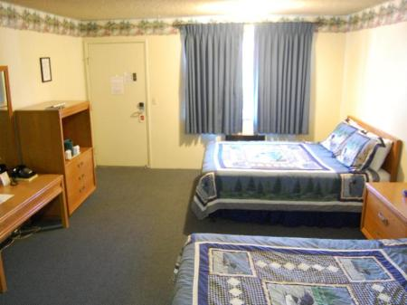2 Queen-size senge Gold Country Inn Angels Camp