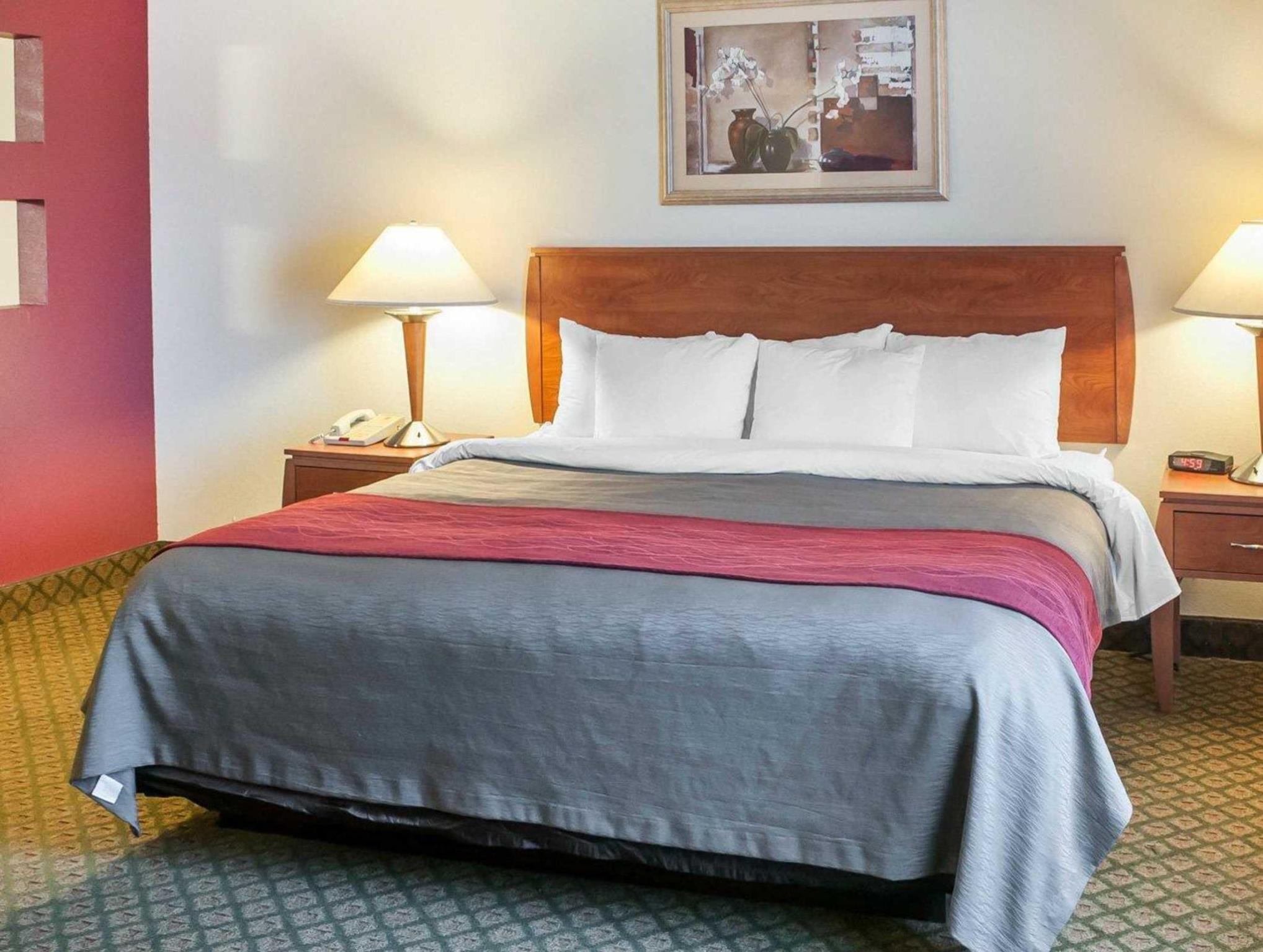 Best Price on fort Inn Suites in Socorro NM Reviews