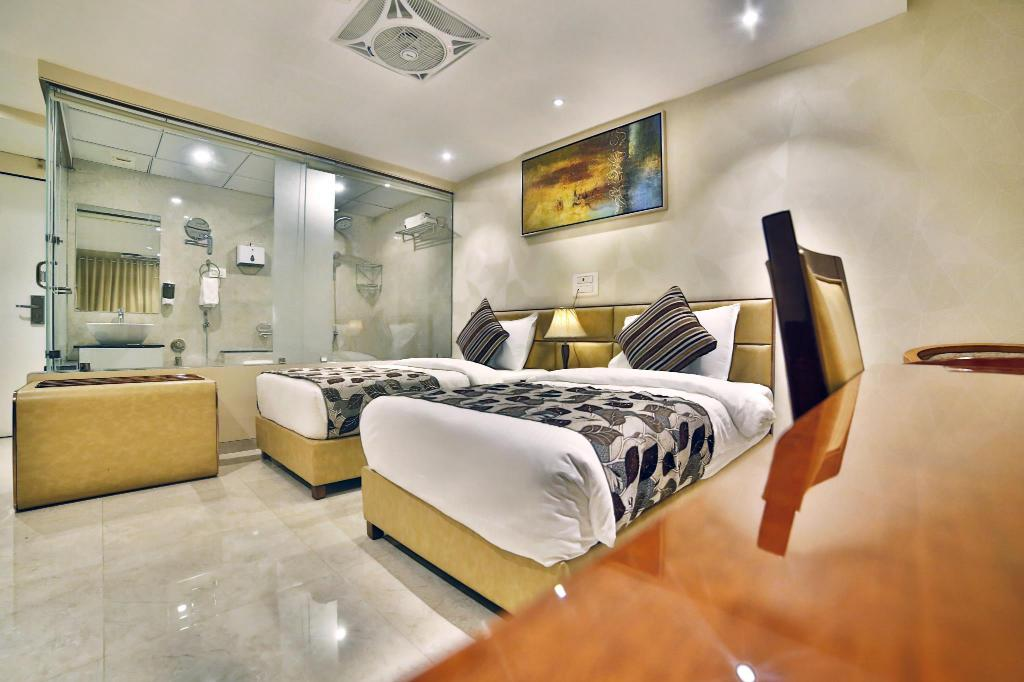Hotel King's Heritage, Surat, India - Photos, Room Rates