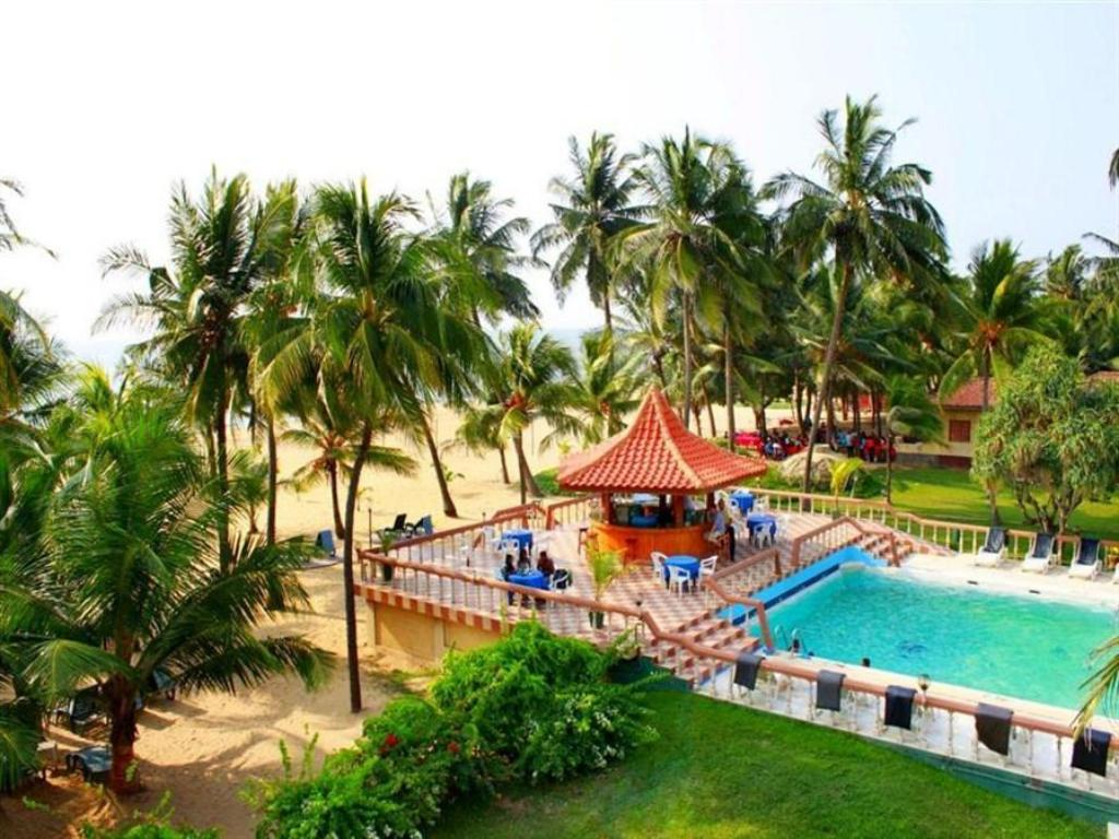 Golden Star Beach Hotel