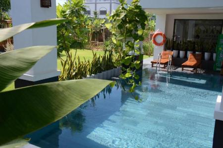 Swimming pool [outdoor] The Han Hotel