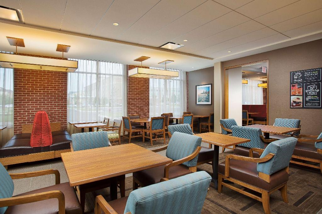 See all 10 photos Hyatt Place Chicago Midway Airport
