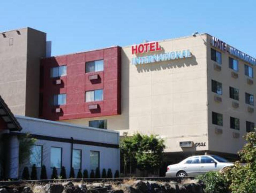 More about Hotel International