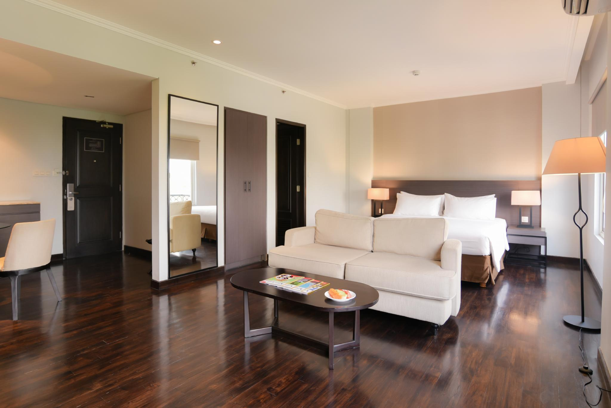 Executive Suite Room Only