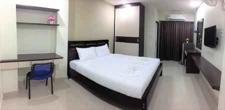 Double Room - 1 Bed Corner one residence