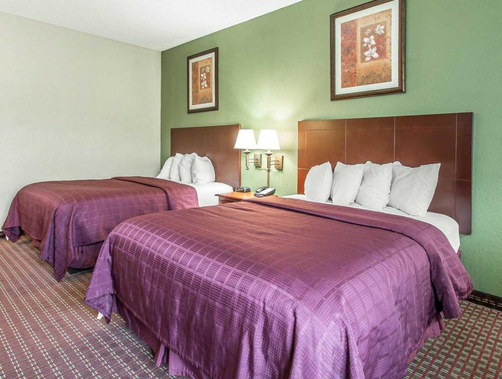 2 Queen Beds Nonsmoking - Bed Quality Inn & Suites