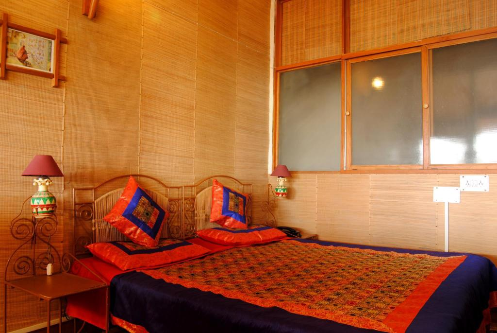 Super Deluxe Double - Bed V Resorts The Satvik Resort