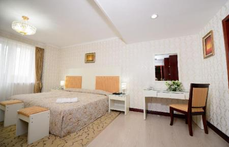 Junior Suite King Bed G Empire Hotel