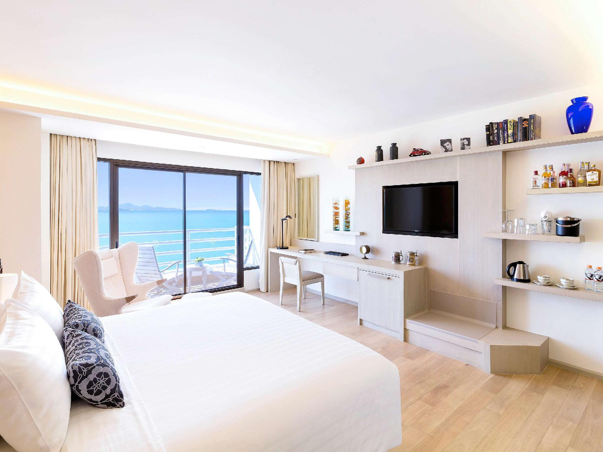 Executive Room, Lounge Access, 2 Single Size Beds, Full Sea View