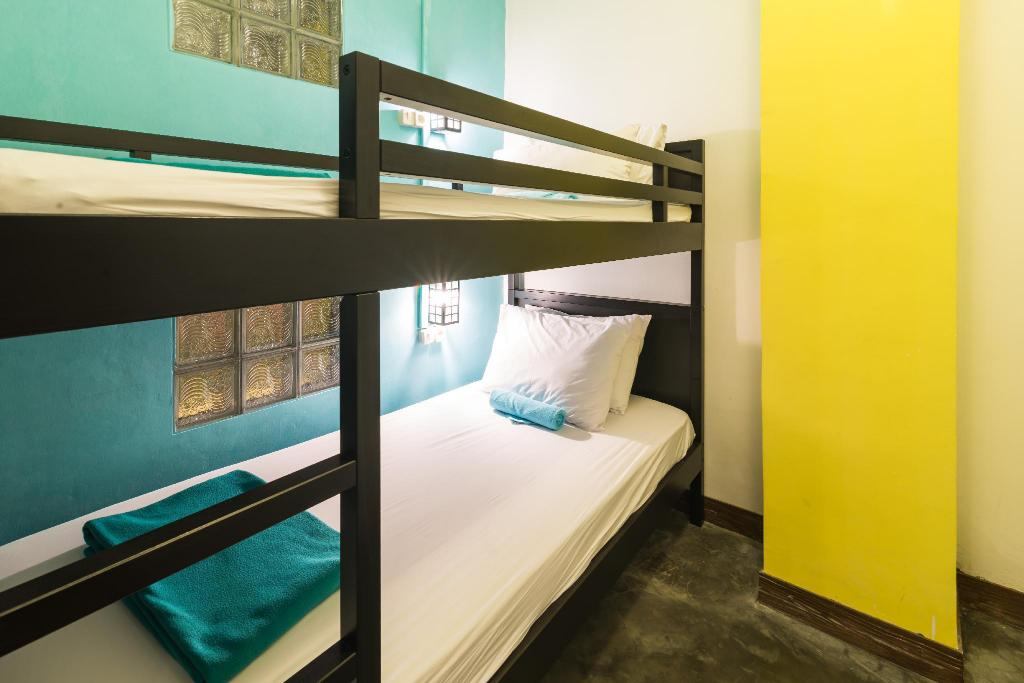 Budget Twin Room with Shared Bathroom - Bed Wonderloft Hostel