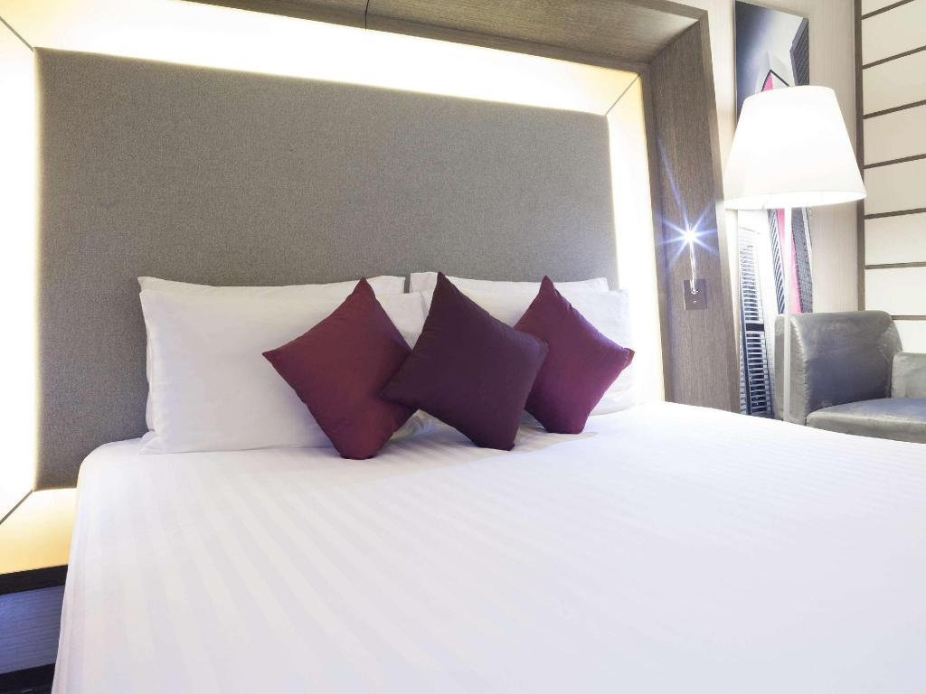 Superior King - Guestroom Novotel Nathan Road Kowloon Hotel