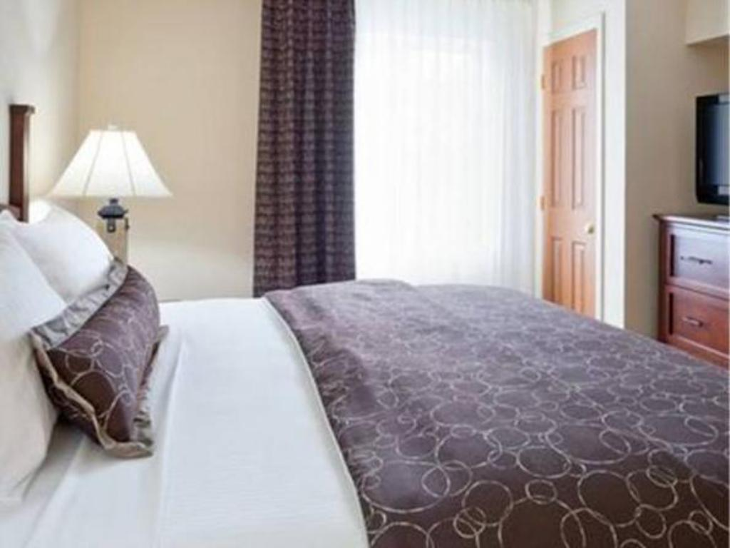 Standard Suite - Bed Staybridge Suites Philadelphia Valley Forge 422