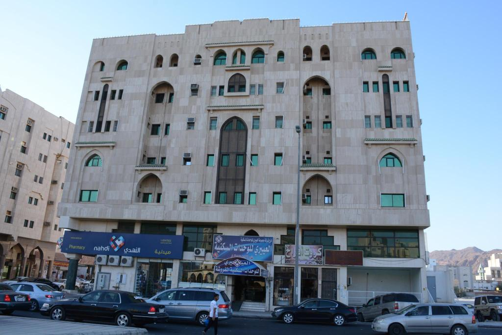 Al Eairy Apartments Madinah 9